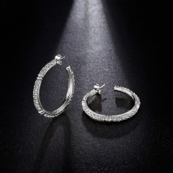 Vintage Style 18K White Gold earrings with Rhinestone