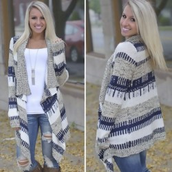 Women's Geometric Knitted Cardigan