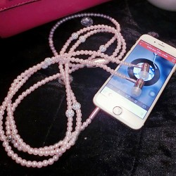Luxury Diamond Earphone Pearl Necklace