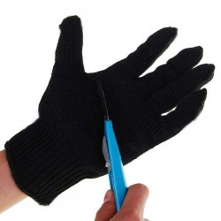 Resistant Gloves for Knives